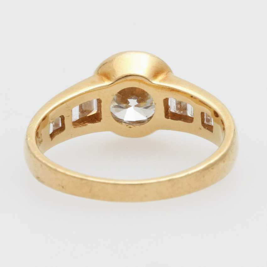 Ladies ring filled m. 1 Diam.-Brilliant - photo 4