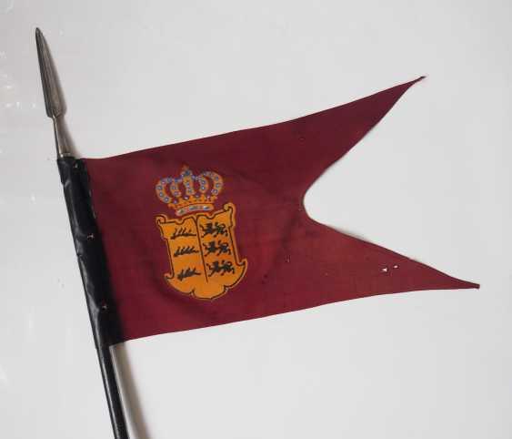 """Württemberg: Lanze des Ulanen-Regiment 20. — online bei Auktion kaufen.  Auktionskatalog """"24. Auktion. Orden und Ehrenzeichen"""" vom 24.04.2020: Foto,  Preis von Auktionslos 933 bei VERYIMPORTANTLOT.com"""