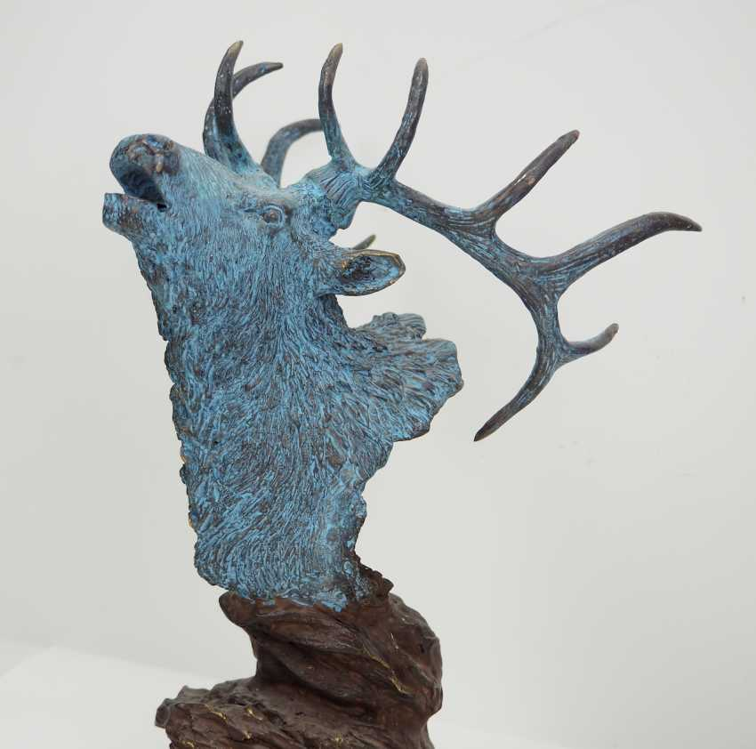 Bronze of a 12-point deer. - photo 2