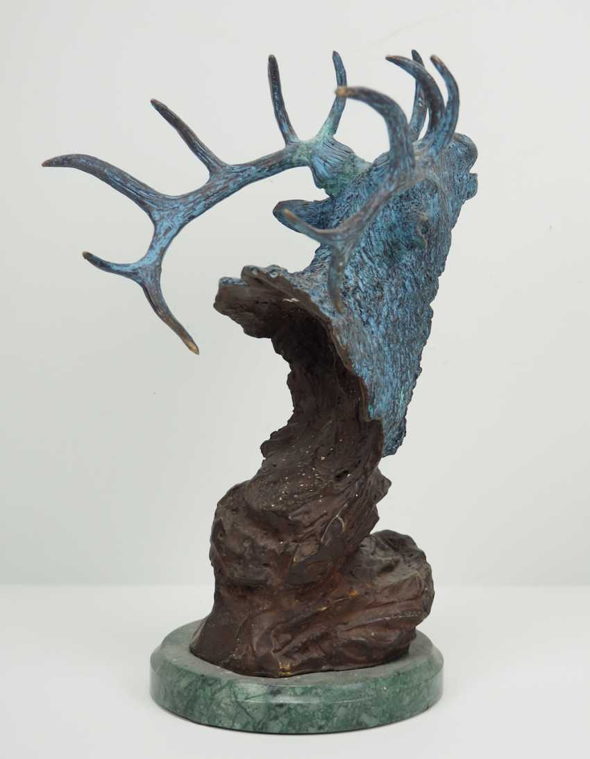 Bronze of a 12-point deer. - photo 3