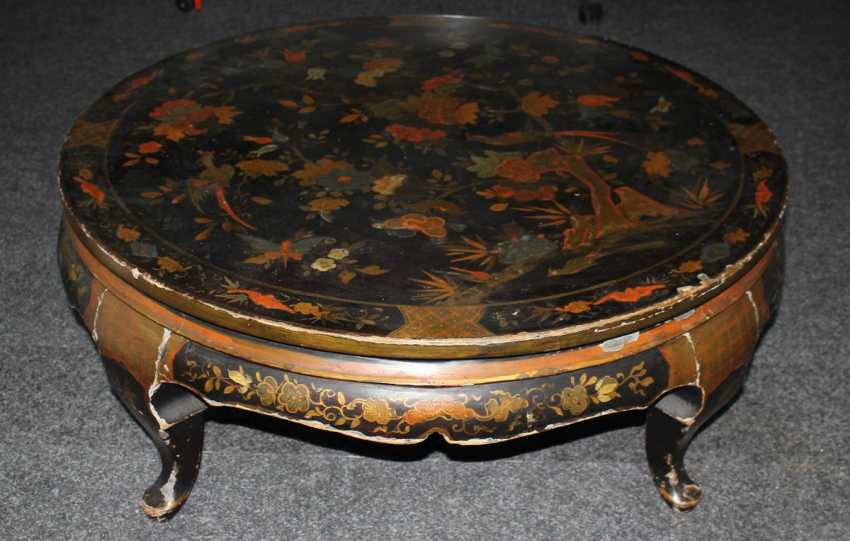 Lacquer table with Chinoiserie - photo 2