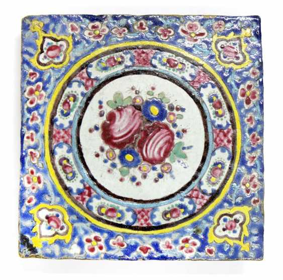 Tile Persia 18. Year hundertt. - photo 1