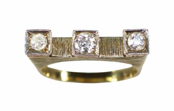 Ring Crown With 3 Diamonds - photo 1