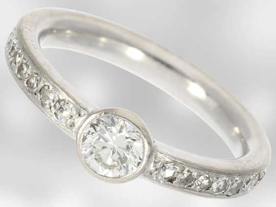 Ring: white and Golden gold ring with brilliant/diamond trim, solid hand-wrought - photo 1
