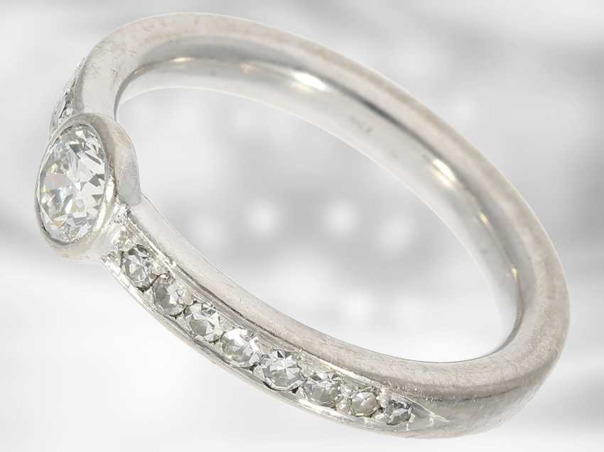 Ring: white and Golden gold ring with brilliant/diamond trim, solid hand-wrought - photo 2