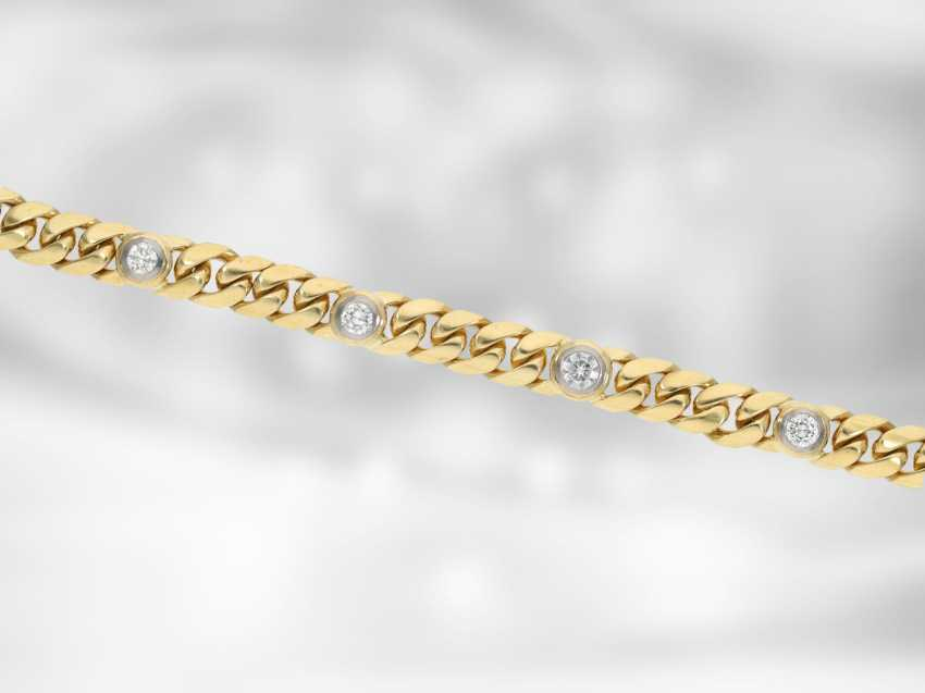 Bracelet: solid gold curb bracelet with brilliant-cut diamonds, approx. of 1.56 ct, 18K yellow gold, hand-work of the court jeweller and Roesner - photo 2