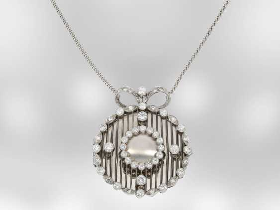 Necklace/Collier: ungewöhliches, very beautiful unique brilliant medallion, approximately 2.8 ct, 14K white gold, goldsmiths-hand work, the court jeweller Roesner - photo 1