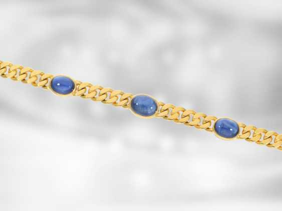 Chain/necklace: attractive massive tank necklace with fine sapphire cabochons, total approx. 18,05 ct, 14K yellow gold, the court jeweller Roesner - photo 2