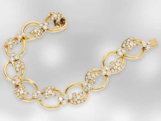 Bracelet: interesting 18K gold design bracelet with brilliant finishing, fine quality, approx. 7ct, exclusive brand-name jewellery by Chaumet Paris - photo 2