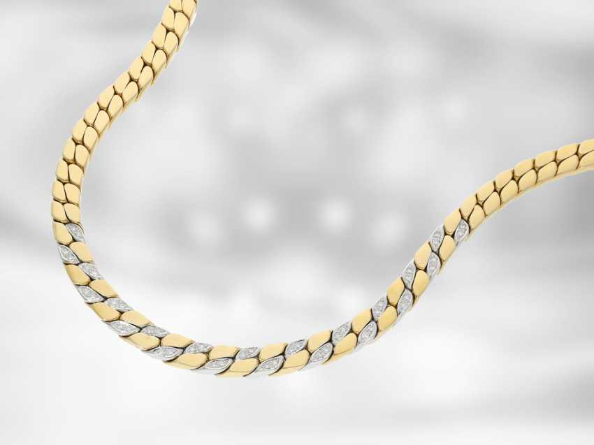 Chain/necklace: massive flat armor necklace with diamonds, 18K Gold, gold-wrought hand work of the court jeweller and Roesner - photo 1