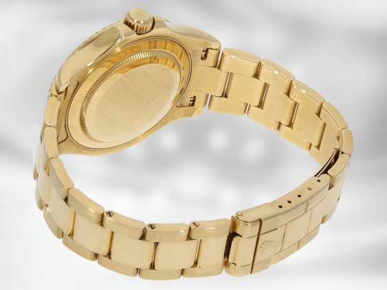 Watch: luxury Rolex watch, Yachtmaster Ref.16628 in gold, original papers, chronometer certification and Rolex calendar from 2003 - photo 4