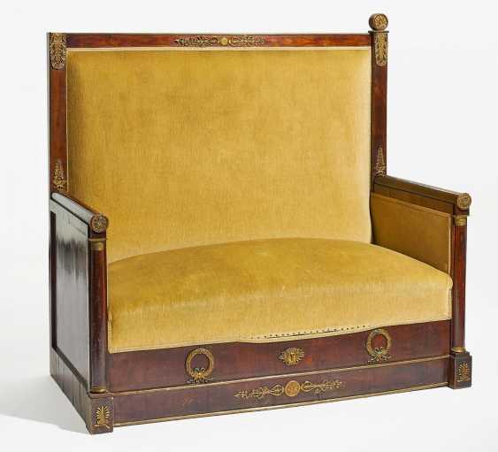 edwardian banquette avec dossier haut lot 705. Black Bedroom Furniture Sets. Home Design Ideas