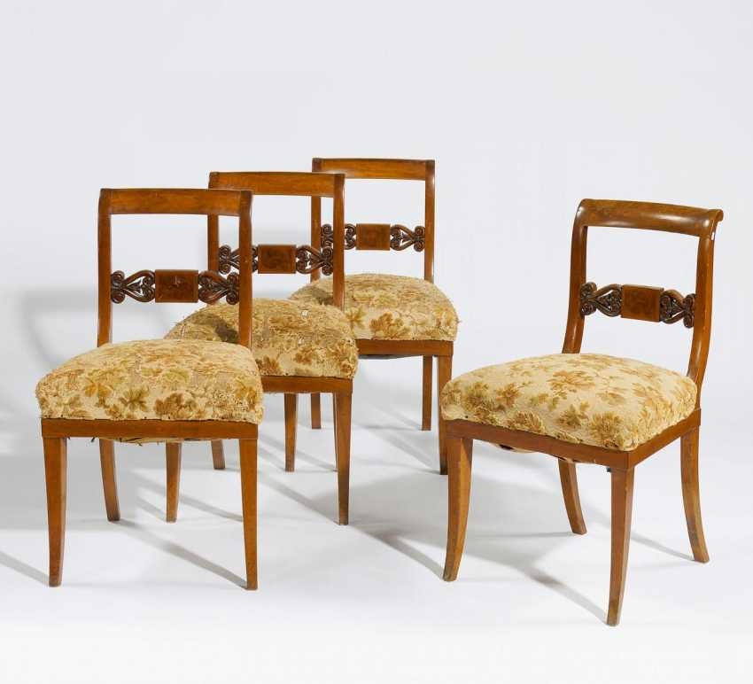 frankfurt a m quatre chaises de style biedermeier lot 713. Black Bedroom Furniture Sets. Home Design Ideas