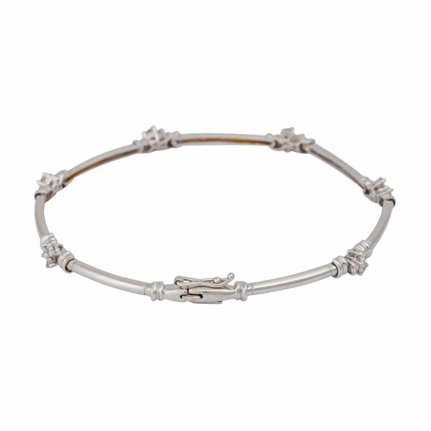 Bracelet with brilliant-cut diamonds, together CA. 0,50 ct, - photo 2