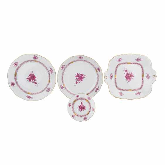 HEREND dining service for a minimum of 8 people 'Apponyi purple', 20. Century. - photo 2