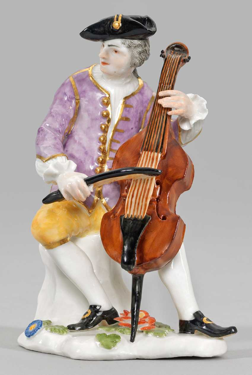 """The cello player from the """"Gallant band"""" - photo 1"""