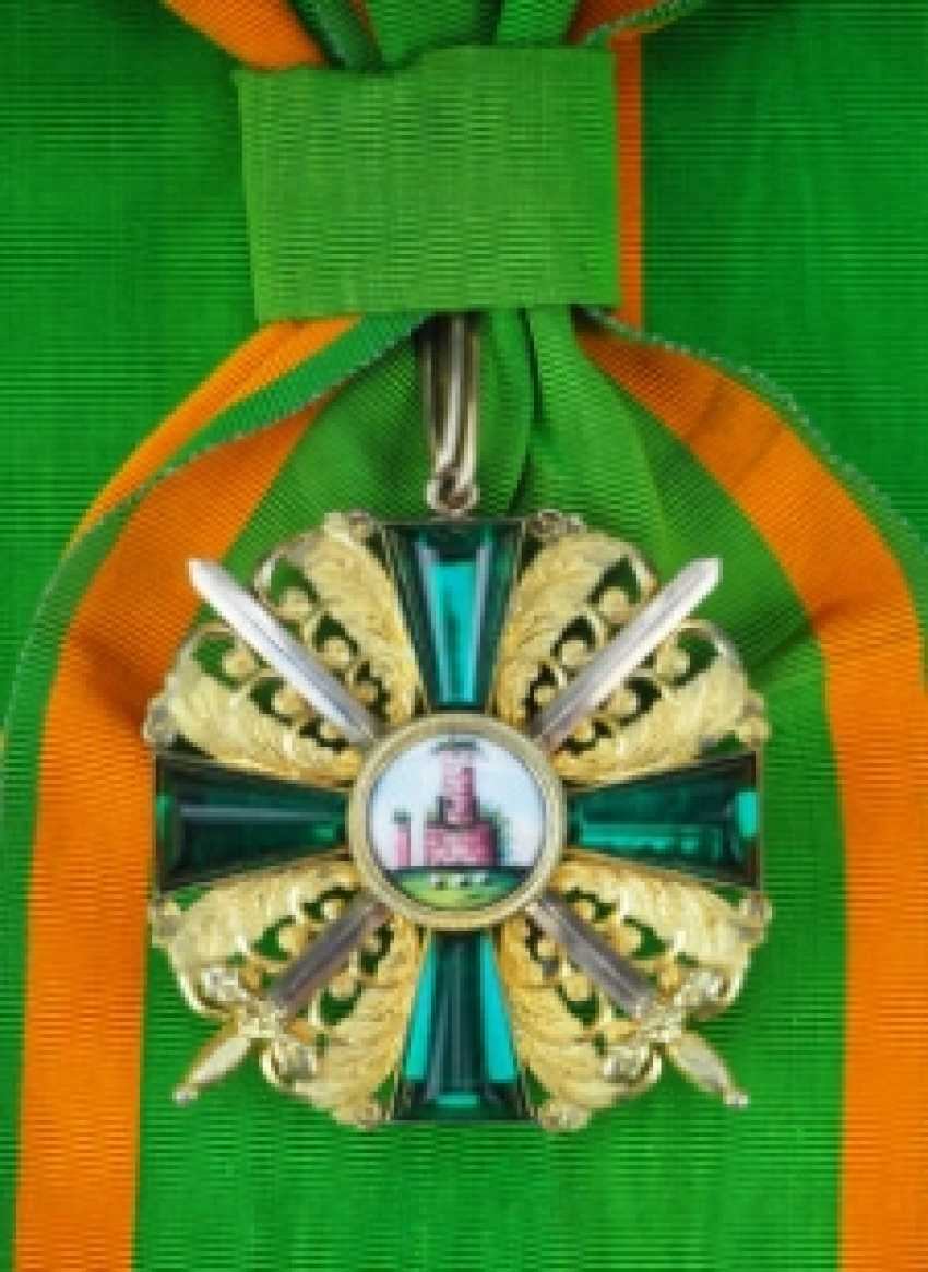 Baden: Grand of the order of the Zähringer lion, Grand cross Bijou with swords, Duke.