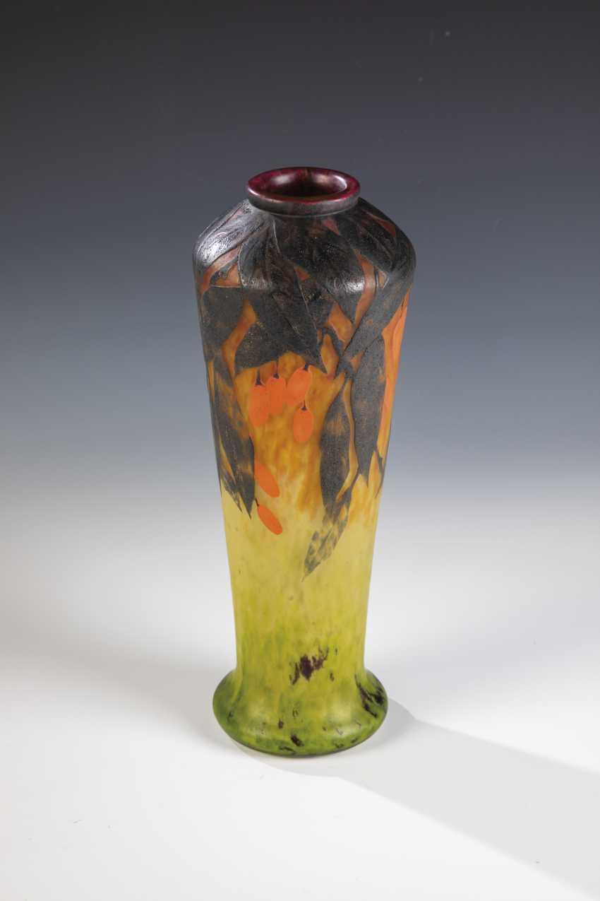 Vase with cornelian cherry - photo 1