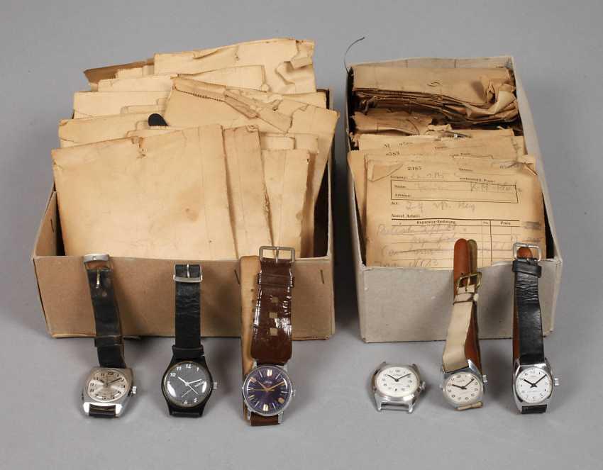 Mixed Lot Of Wrist Watches - photo 1