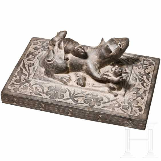 Unusual sculpture of a rat family, probably India, Rajasthan, C. 1900 - photo 2