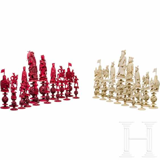 Carved chess set game made of ivory, China, Canton, 19th century. Century - photo 1