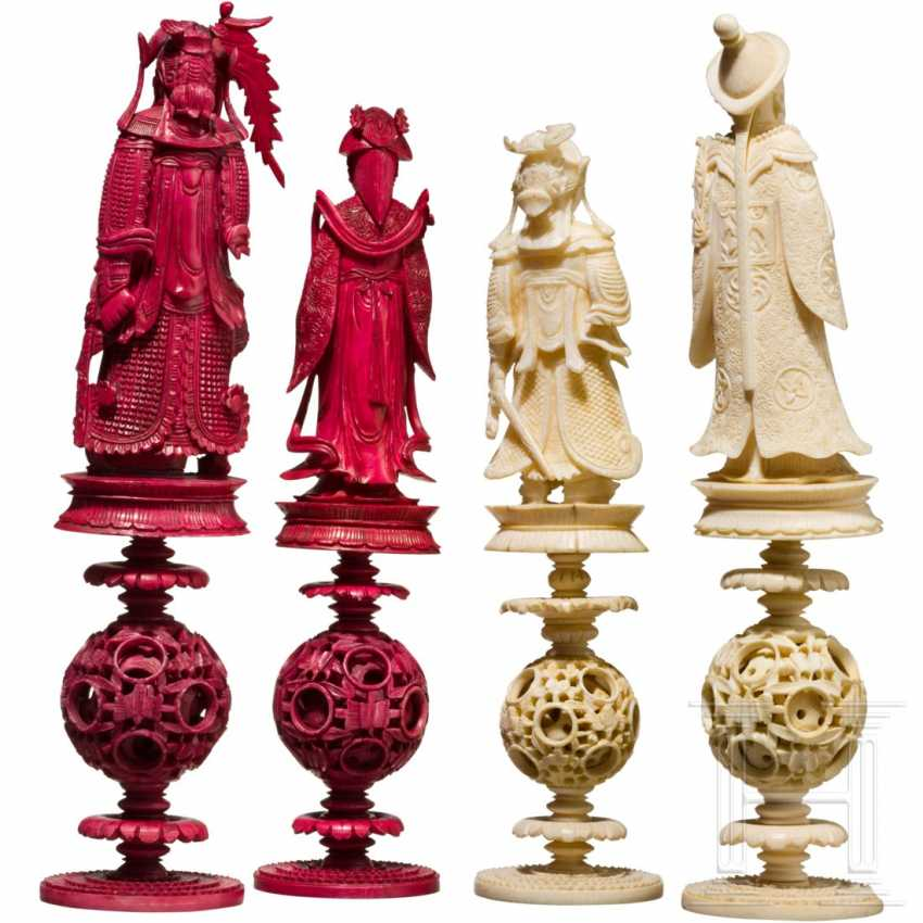 Carved chess set game made of ivory, China, Canton, 19th century. Century - photo 3