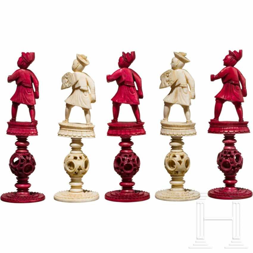 Carved chess set game made of ivory, China, Canton, 19th century. Century - photo 7