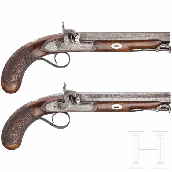 A Pair of percussion pistols in the box, Edward & William Bond, London, circa 1840 - photo 1