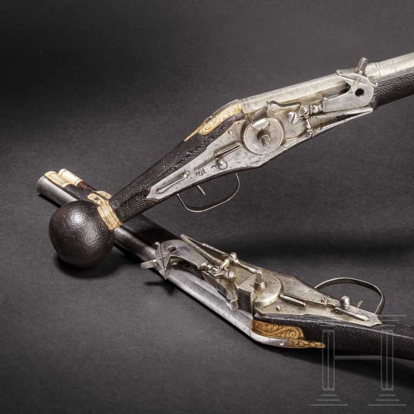 A Pair of wheel-lock buffer for the teams of the electoral body guard (2. Model), dated, respectively, 1594 - photo 1