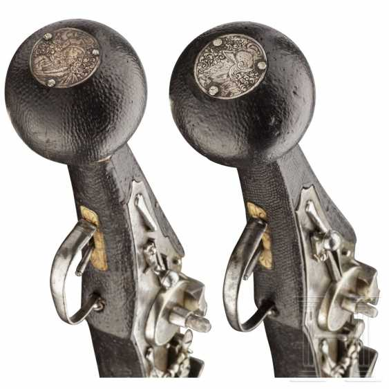 A Pair of wheel-lock buffer for the teams of the electoral body guard (2. Model), dated, respectively, 1594 - photo 8