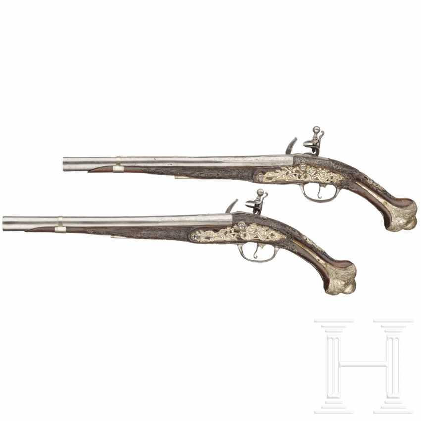 A Pair of silver-mounted flintlock pistols (Kubur), Ottoman, early 19th century. Century - photo 2
