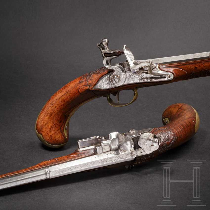 A rare Few wind pistols in flintlock-Optik, Friedrich Jacob Bosler, Darmstadt, around 1740/50 - photo 1