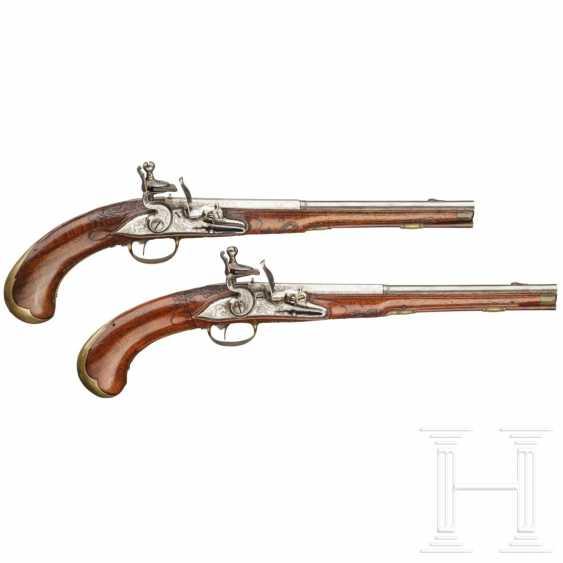 A rare Few wind pistols in flintlock-Optik, Friedrich Jacob Bosler, Darmstadt, around 1740/50 - photo 3