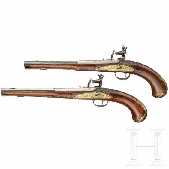 A rare Few wind pistols in flintlock-Optik, Friedrich Jacob Bosler, Darmstadt, around 1740/50 - photo 4