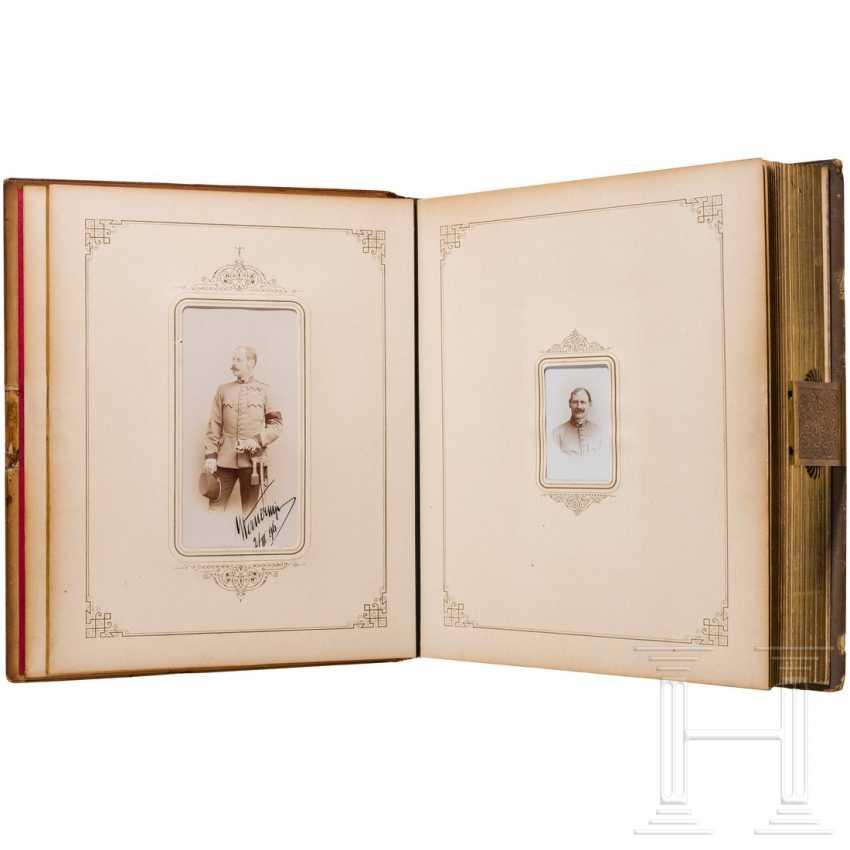 "Colonel, A Member Giesl Freiherr Von. of Gieslingen - magnificent photo album of the Ulanenregts. ""Erzherzog Carl"" no. 3 on his retirement in 1896 - photo 2"