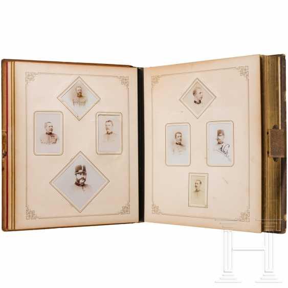 "Colonel, A Member Giesl Freiherr Von. of Gieslingen - magnificent photo album of the Ulanenregts. ""Erzherzog Carl"" no. 3 on his retirement in 1896 - photo 3"