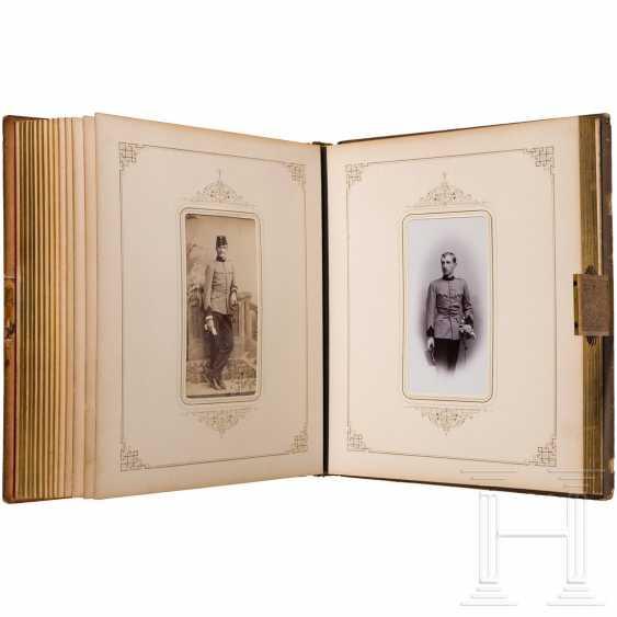"Colonel, A Member Giesl Freiherr Von. of Gieslingen - magnificent photo album of the Ulanenregts. ""Erzherzog Carl"" no. 3 on his retirement in 1896 - photo 4"