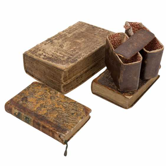 3-piece historical books collection, Europe 18. Century. - - photo 1