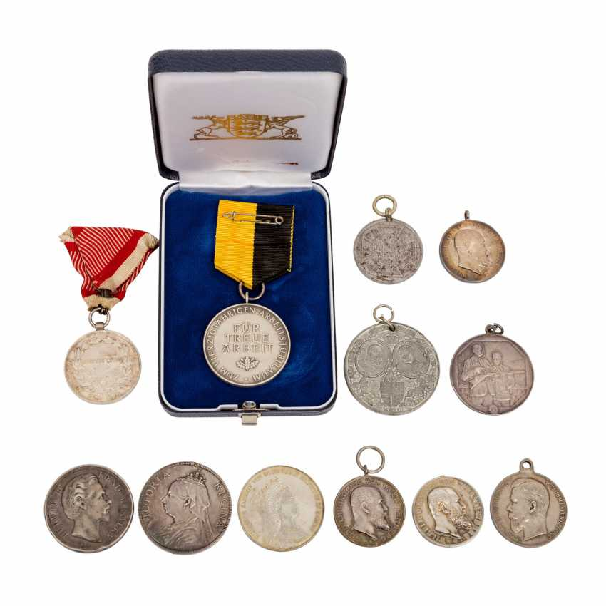 Lot of 12 awards and medals, mostly before 1918, - photo 2