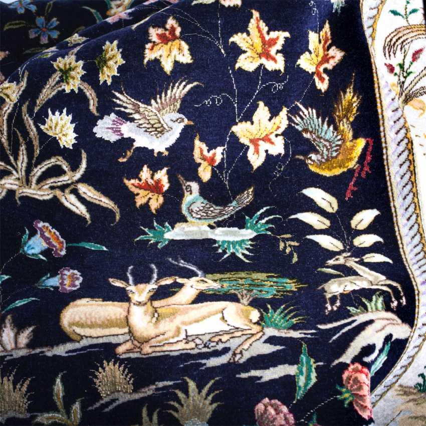 Tabriz Persian rug made of wool - photo 5
