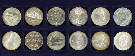 Great collection of 109 commemorative and circulation coins of the GDR - photo 5