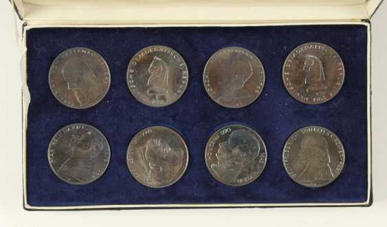 Great collection of 109 commemorative and circulation coins of the GDR - photo 10