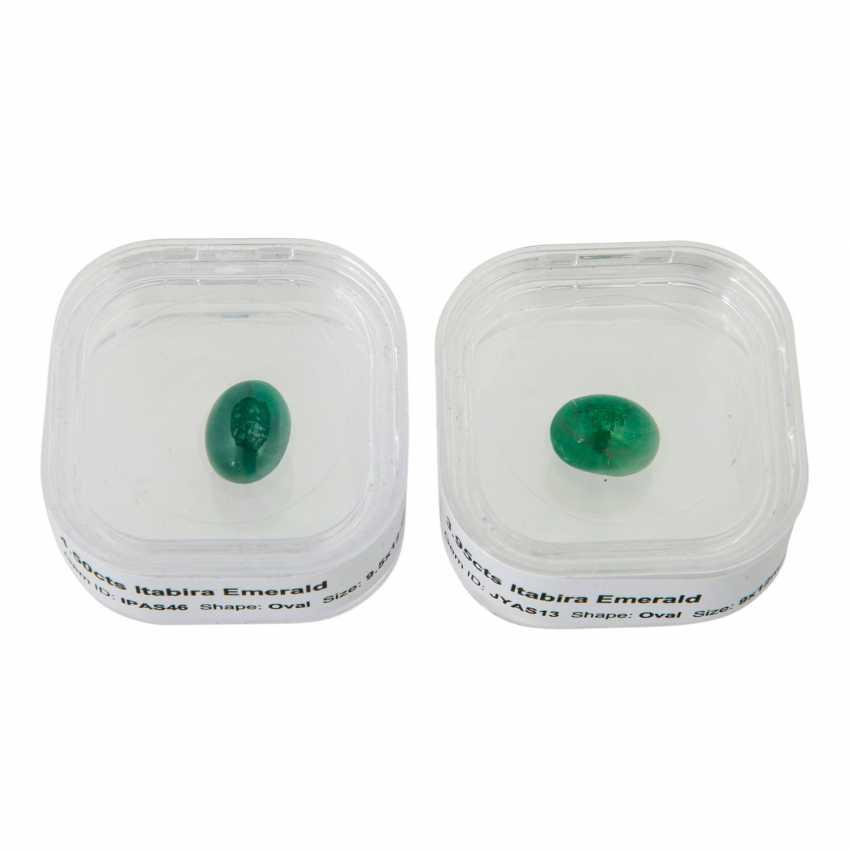Mixed Lot Of 2 Emeralds, - photo 1