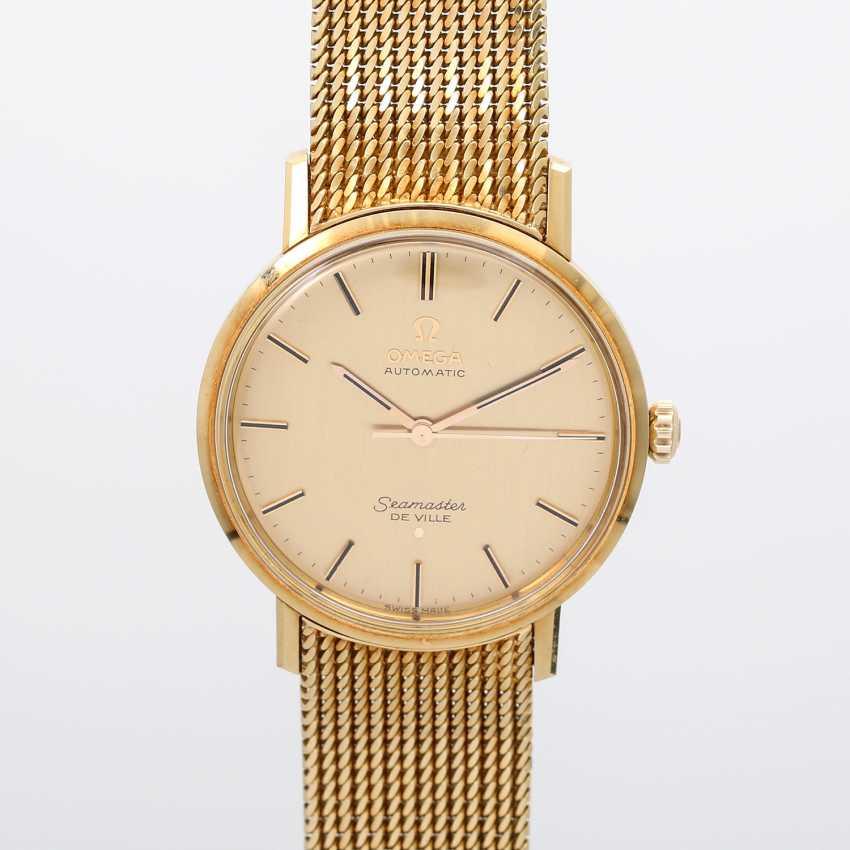 Auction: OMEGA Seamaster DeVille Vintage mens watch, CA