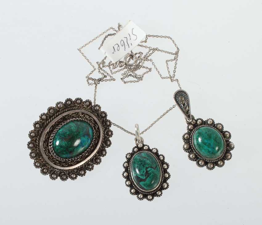 Brooch and 2 pendants in their mid 20's. Century - photo 1