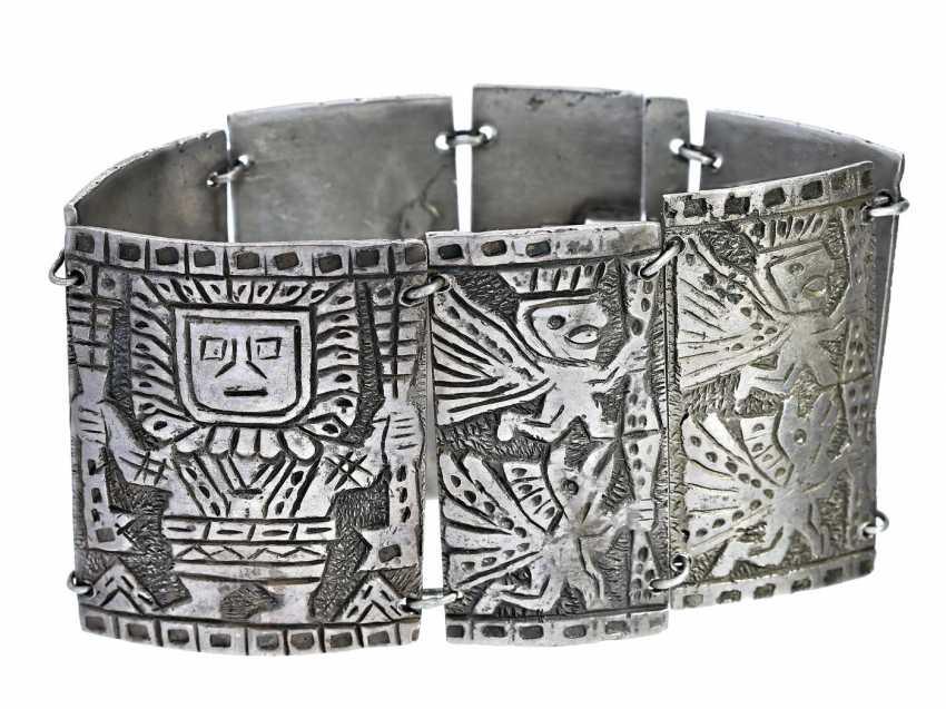 Bracelet: broad and interesting and decorative vintage silver bracelet - photo 2