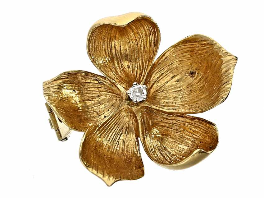 Brooch: vintage brilliant flowers brooch of high quality, 18K Gold, hand work - photo 1