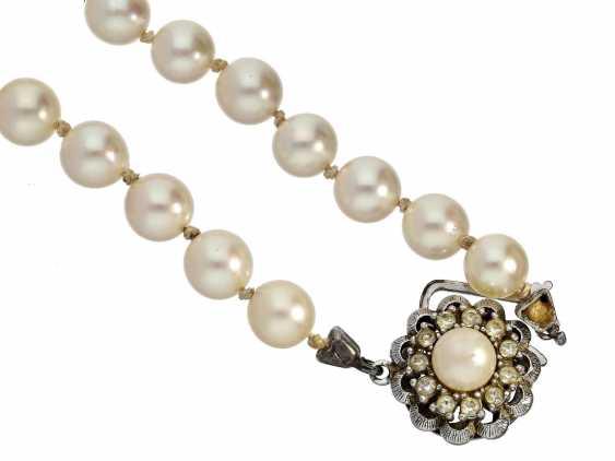 Necklace: vintage pearl necklace - photo 1