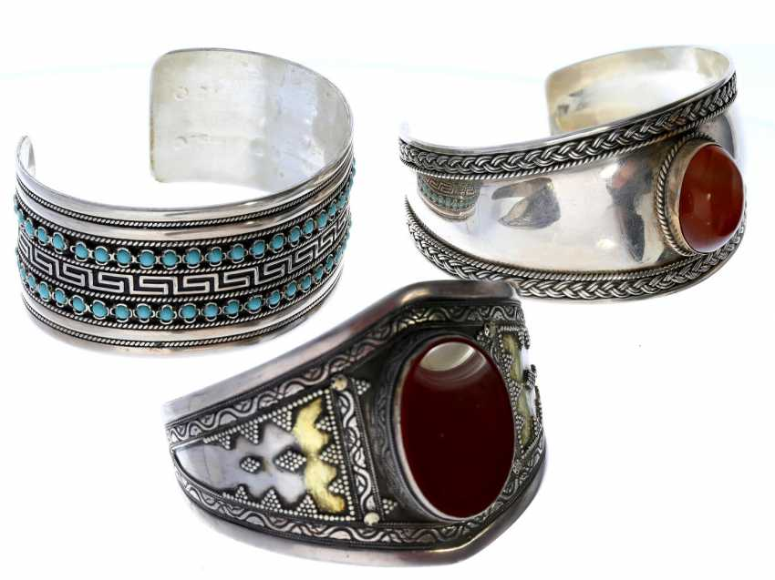 Bangle: mixed lot of vintage bangles, hand work - photo 1