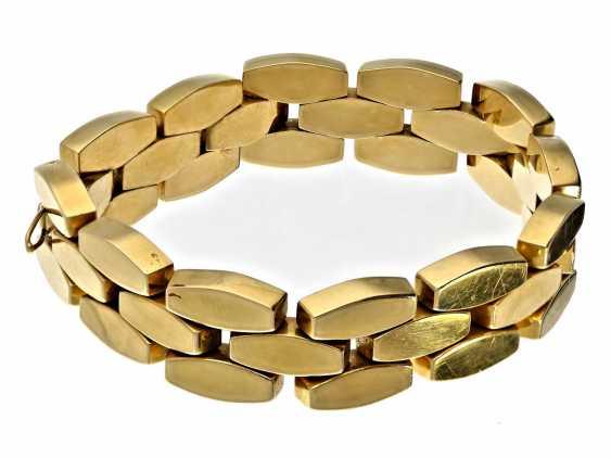 Bracelet: attractive vintage wrought gold bracelet, 18K Gold - photo 1